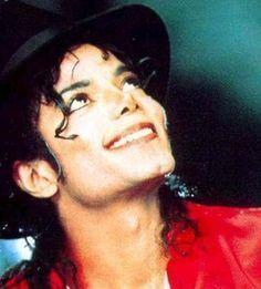 SMILE Michael Jackson5dee21f155fa66163e08e759ad6727b1.jpg